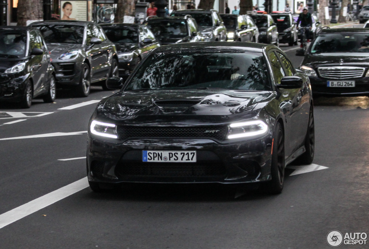 17 Charger Hellcat >> Dodge Charger SRT Hellcat 2015 - 19 September 2015 - Autogespot