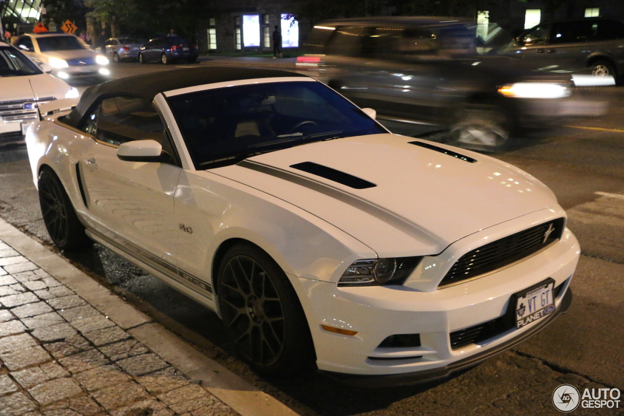 ford mustang gt california special convertible 2013 29 september 2015 autogespot. Black Bedroom Furniture Sets. Home Design Ideas