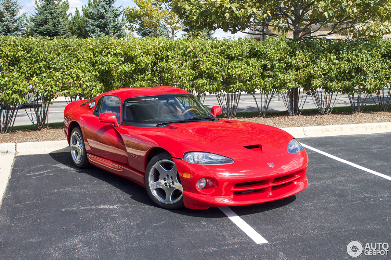 dodge viper gts 5 october 2015 autogespot. Black Bedroom Furniture Sets. Home Design Ideas