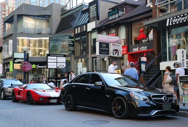 Mercedes-Benz Renntech E 63 AMG S W212