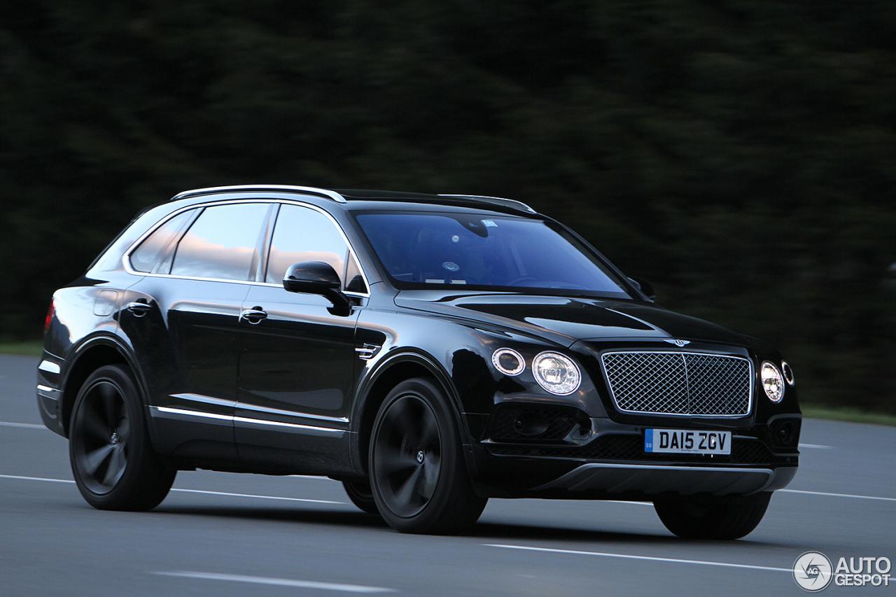 Bentley Bentayga (2016) 47