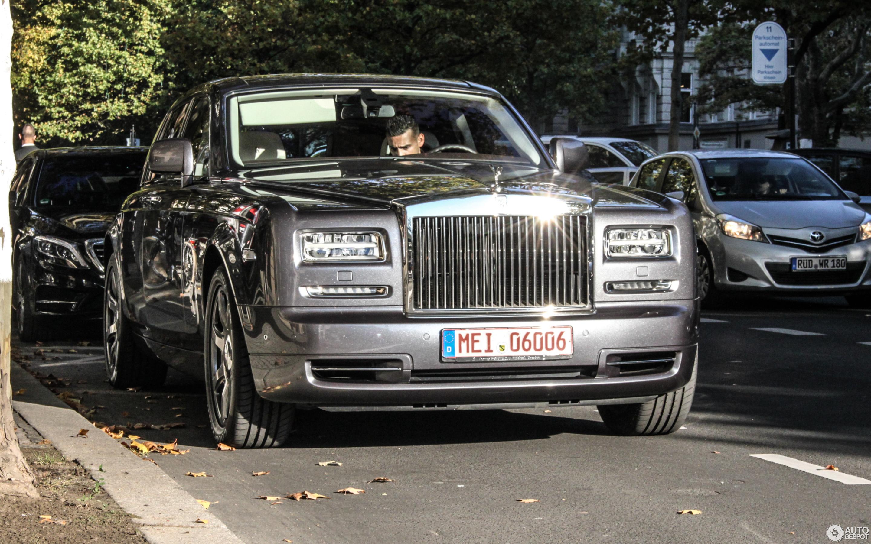 Rolls-Royce Phantom Series II Home of Rolls-Royce Collection