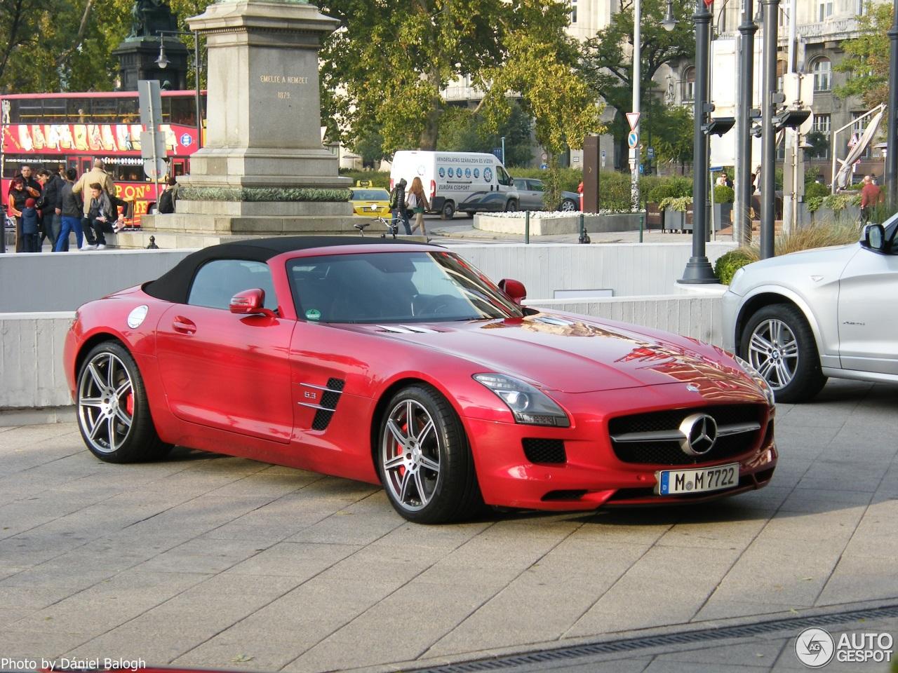 Mercedes benz sls amg roadster 27 october 2015 autogespot for 2015 mercedes benz sls amg convertible