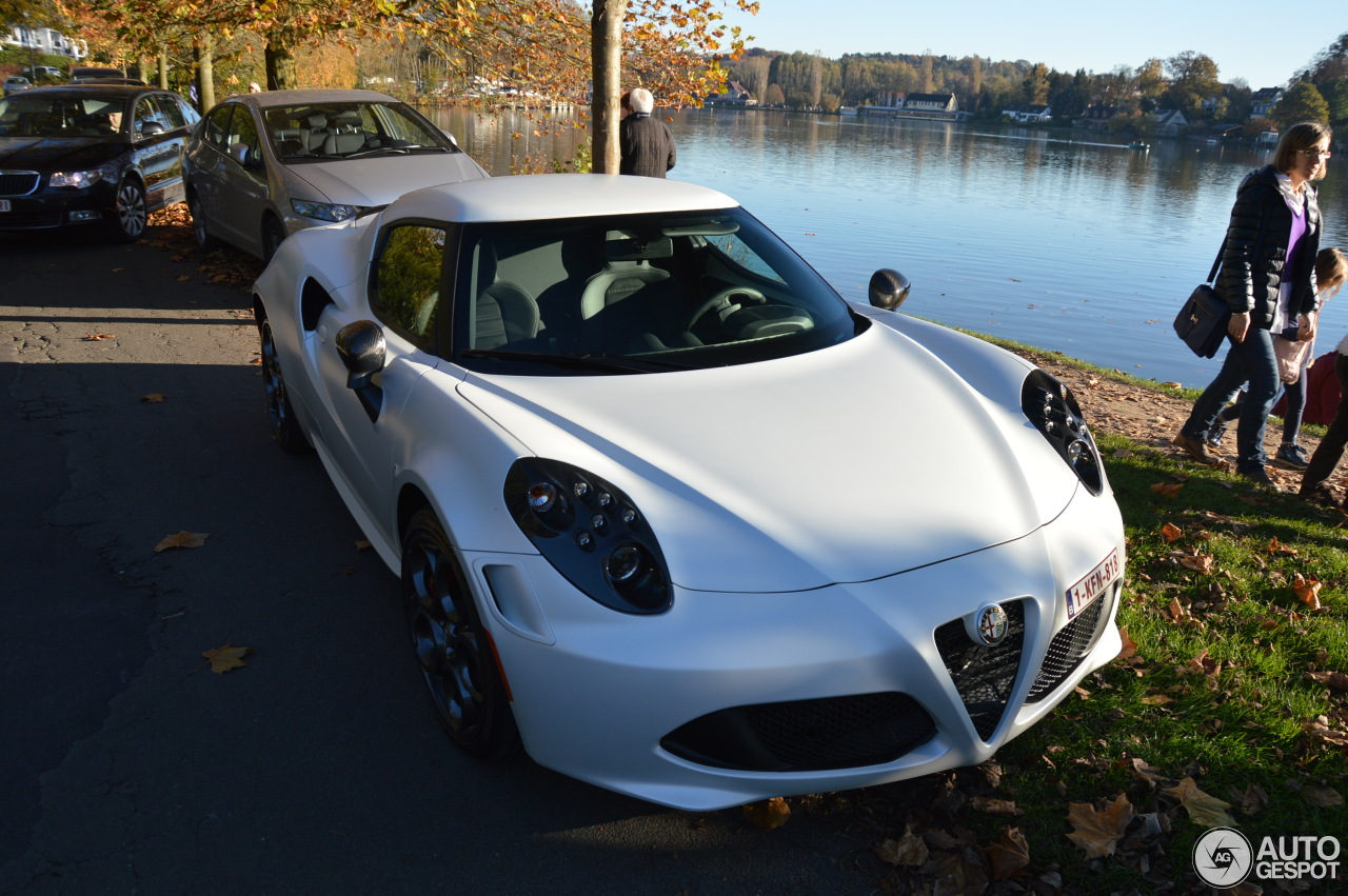 alfa romeo 4c launch edition 2 november 2015 autogespot. Black Bedroom Furniture Sets. Home Design Ideas