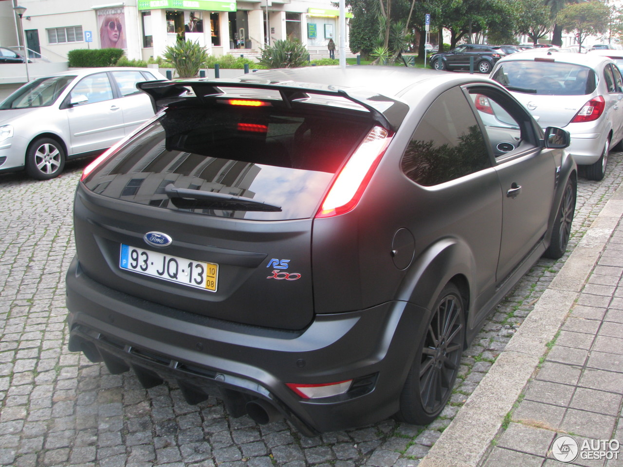 ford focus rs 500 3 november 2015 autogespot. Black Bedroom Furniture Sets. Home Design Ideas