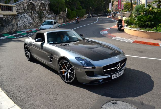 Mercedes-Benz SLS AMG GT Roadster Final Edition