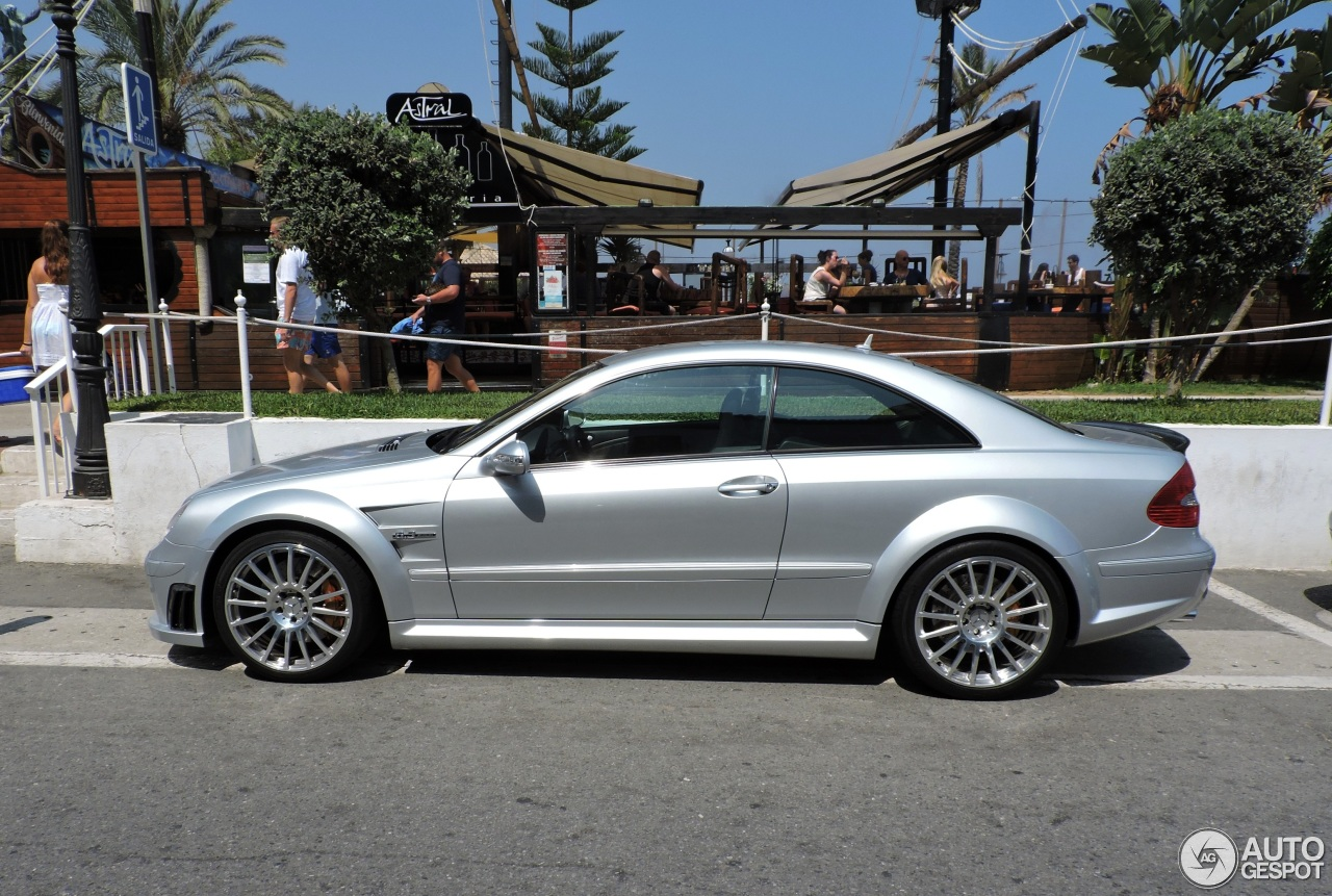 Mercedes benz clk 63 amg black series 13 november 2015 for Mercedes benz clk black series
