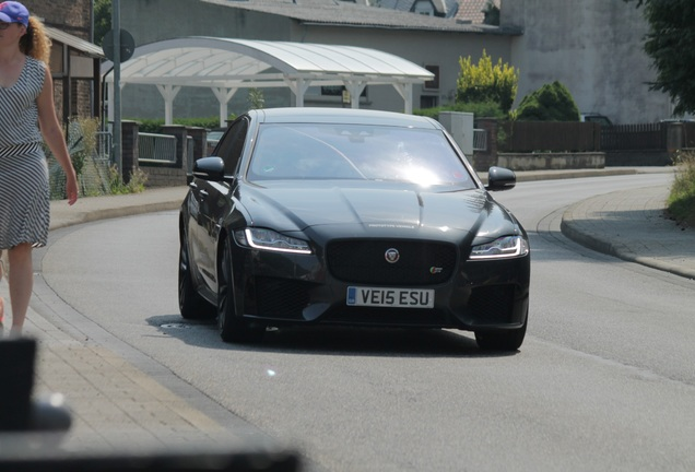 Jaguar XF 2016 35t prototype