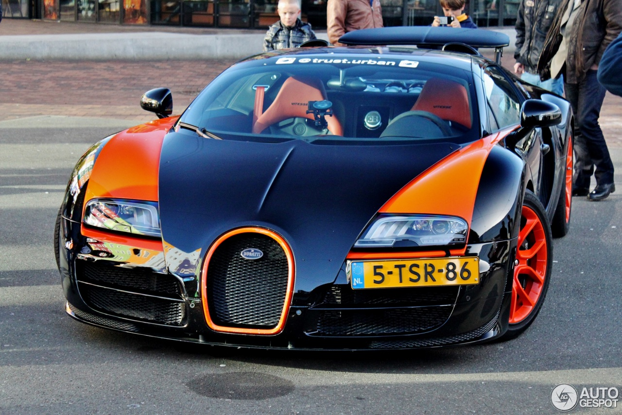 bugatti veyron 16 4 grand sport vitesse world record car edition 18 november 2015 autogespot. Black Bedroom Furniture Sets. Home Design Ideas
