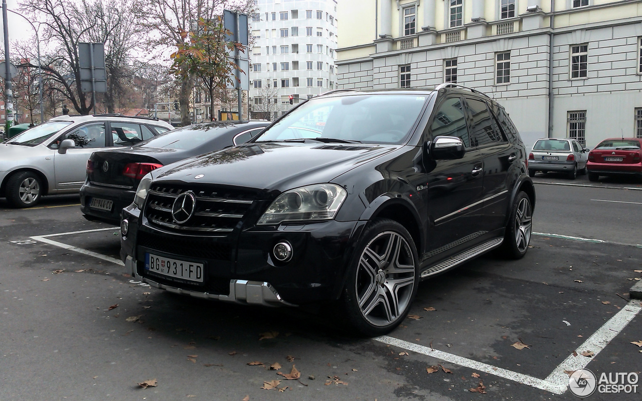 mercedes benz ml 63 amg w164 2009 25 november 2015. Black Bedroom Furniture Sets. Home Design Ideas