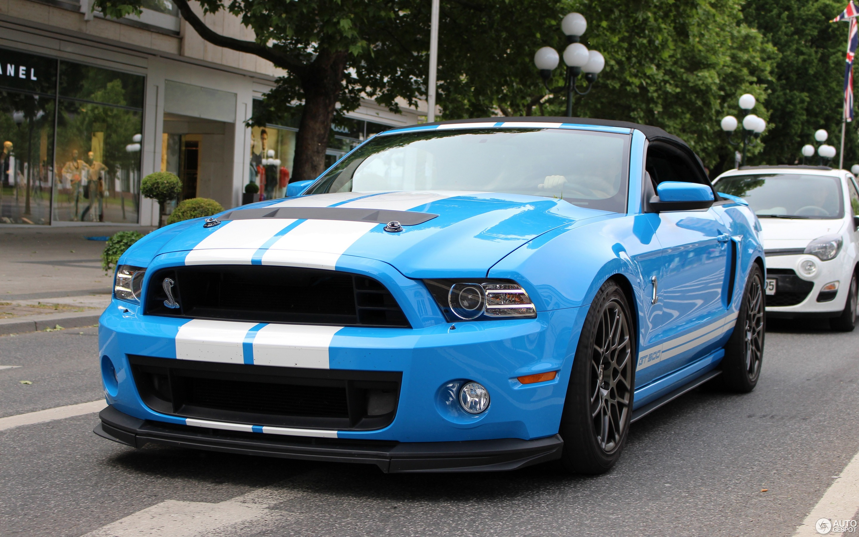 mustang shelby convertible 2014