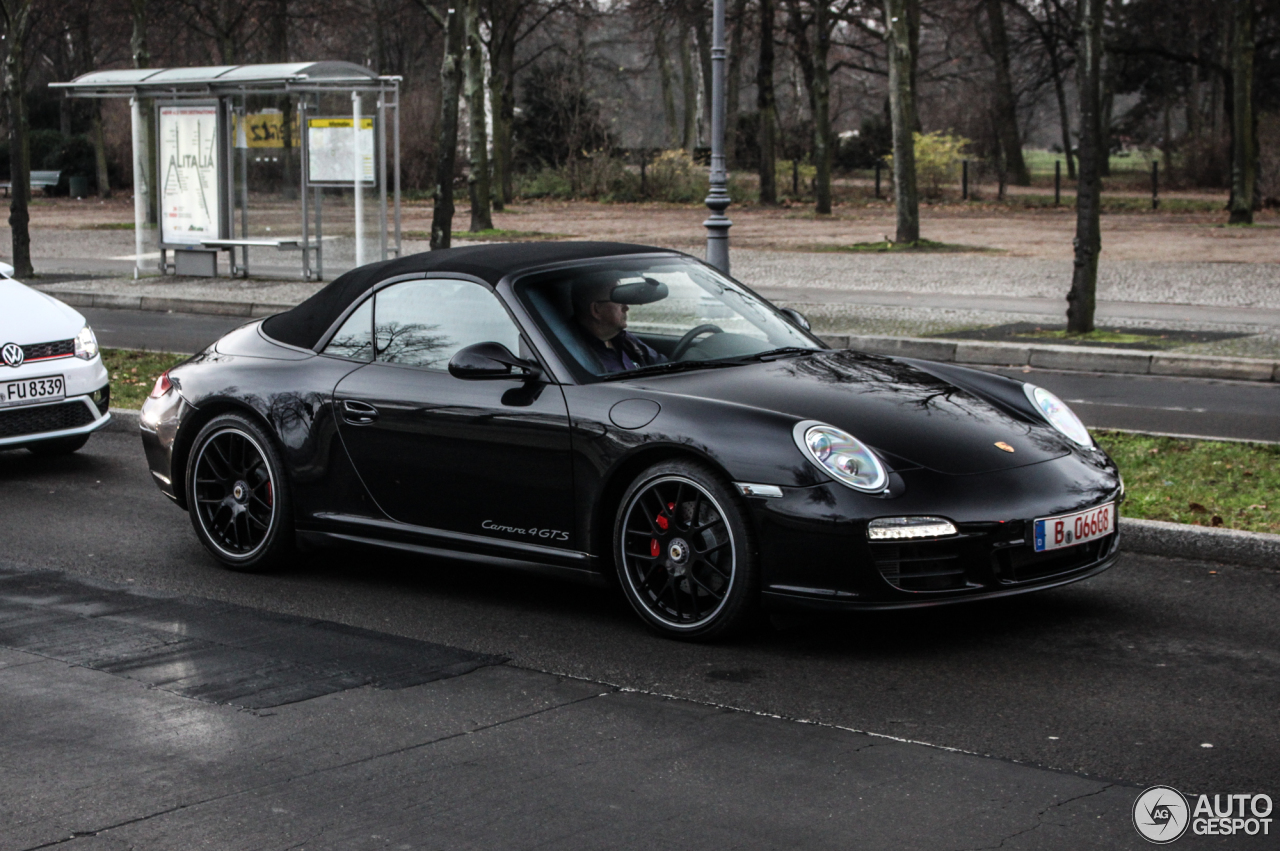 porsche 997 carrera 4 gts cabriolet 16 december 2015 autogespot. Black Bedroom Furniture Sets. Home Design Ideas
