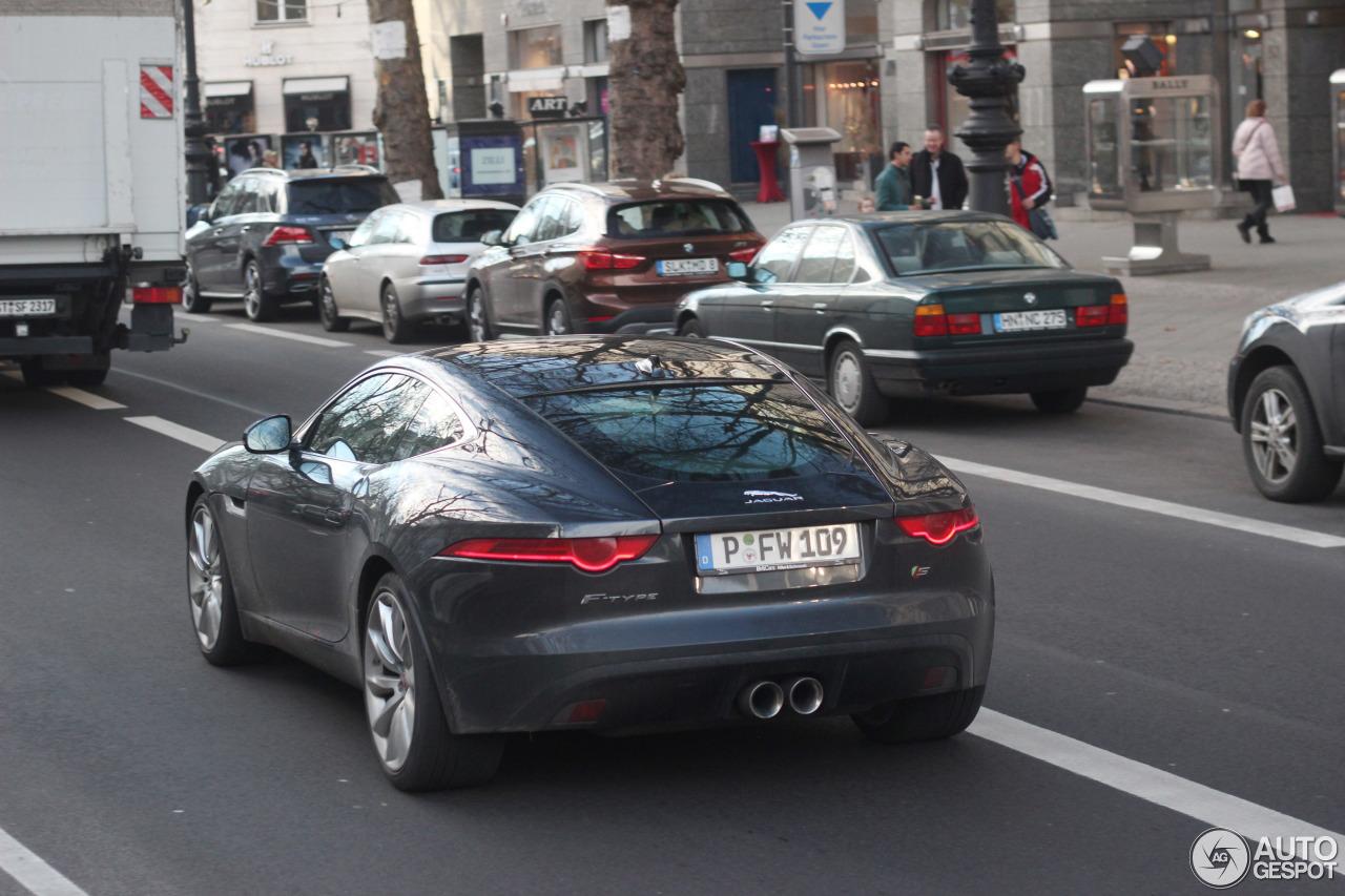 Jaguar F-TYPE S Coupé - 19 December 2015 - Autogespot