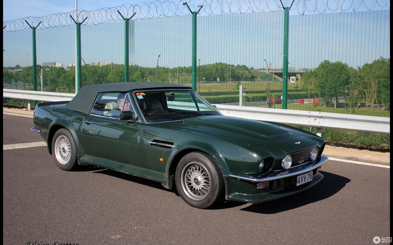 Aston Martin V Vantage Volante December - 1986 aston martin vantage